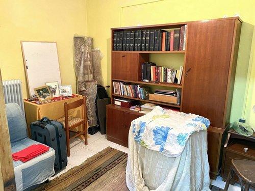 Υπνοδωμάτιο υπογείου